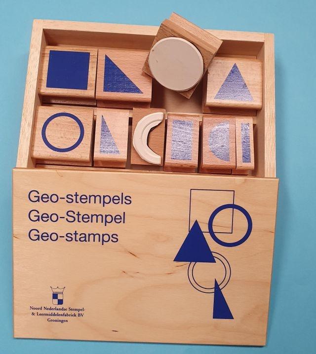 Geo-Stempel, volle Linien