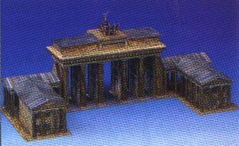 Kartonmodellbau, Brandenburger Tor, Maße: (L 39 x B 18 x H 18 cm