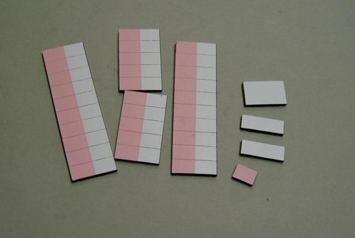 Satz Kippmagnete für Stundenplan, halb rosa/ halb weiß